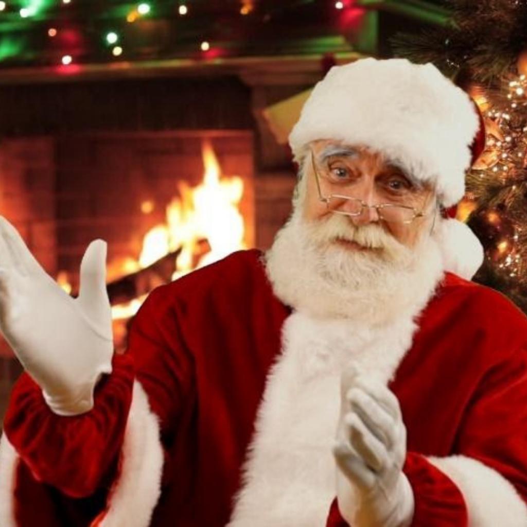 Le vrai Père Noël, lors d'un appel en direct du Pôle Nord, par vidéoconférence |Audace & Co.